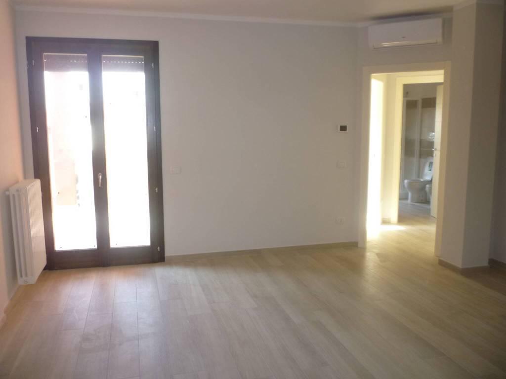 Appartamento in affitto a Cremona, 3 locali, prezzo € 480   CambioCasa.it