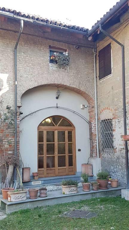 Foto 1 di Casa indipendente corso Regina Margherita 497, Torino (zona Lucento, Vallette)