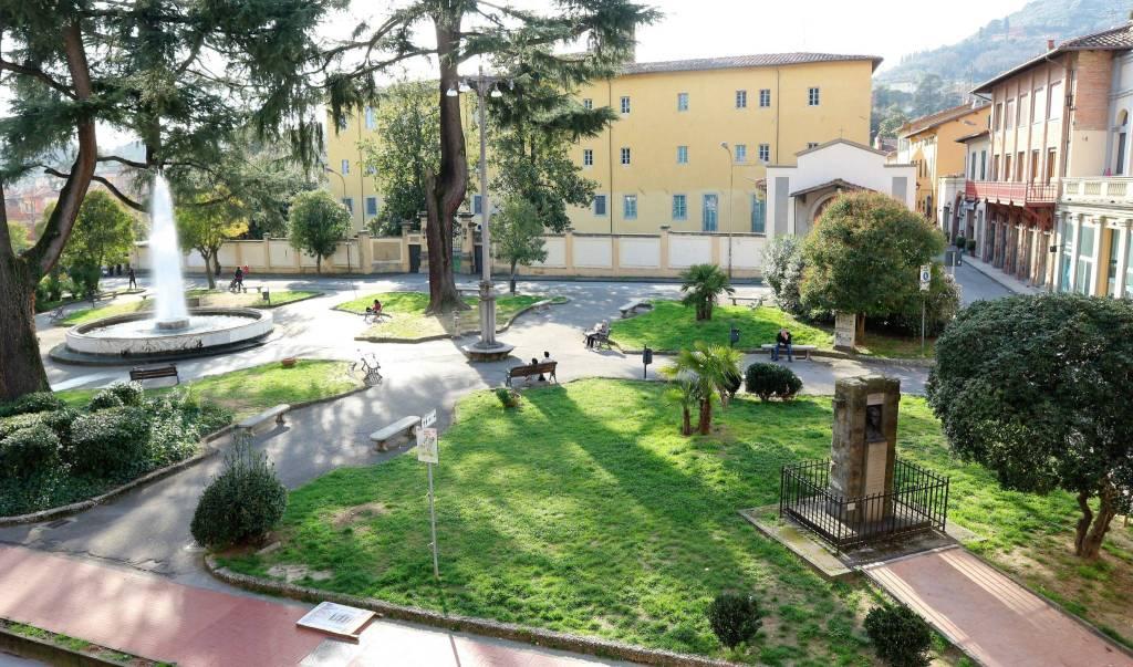 Appartamento in vendita a Pescia, 3 locali, prezzo € 75.000 | CambioCasa.it