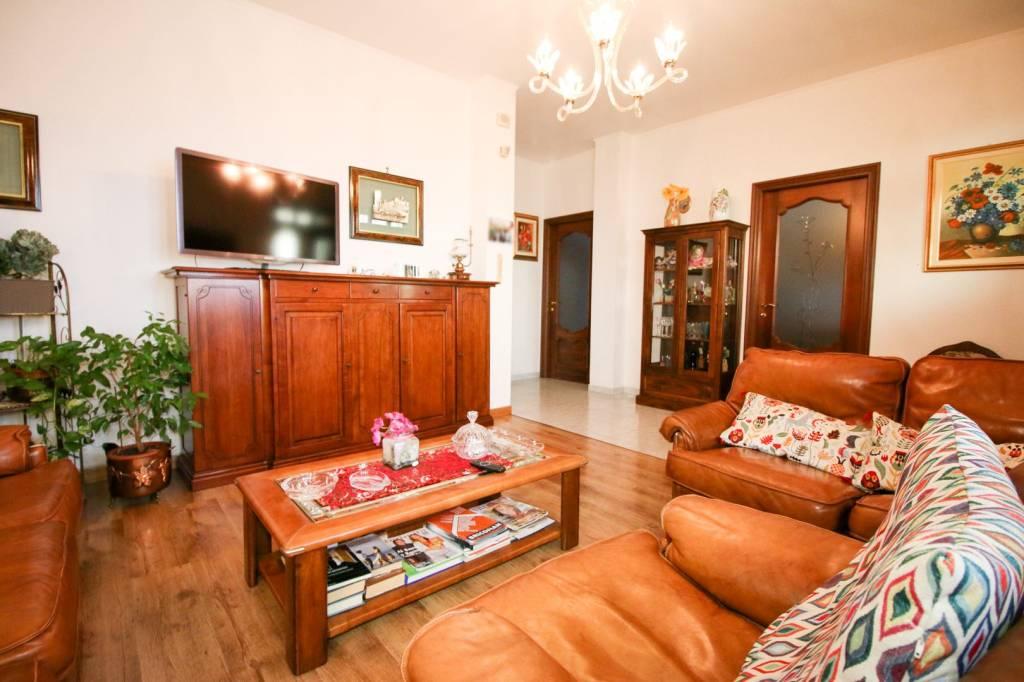 Foto 1 di Villa vicolo Monte Grappa 34, Bosconero