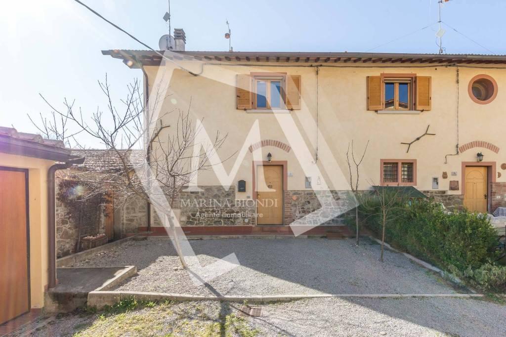 Casa indipendente in Vendita a Arezzo Periferia Sud: 3 locali, 75 mq