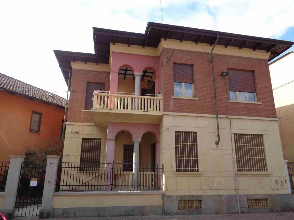 Villa in vendita a Druento, 7 locali, prezzo € 310.000 | PortaleAgenzieImmobiliari.it
