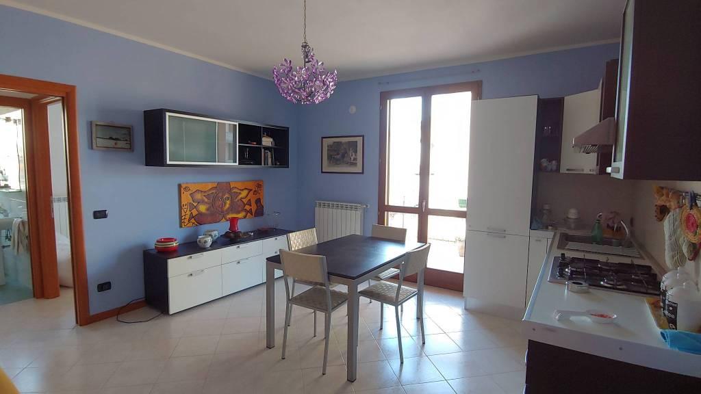 Appartamento in Vendita a Gossolengo Centro: 2 locali, 60 mq