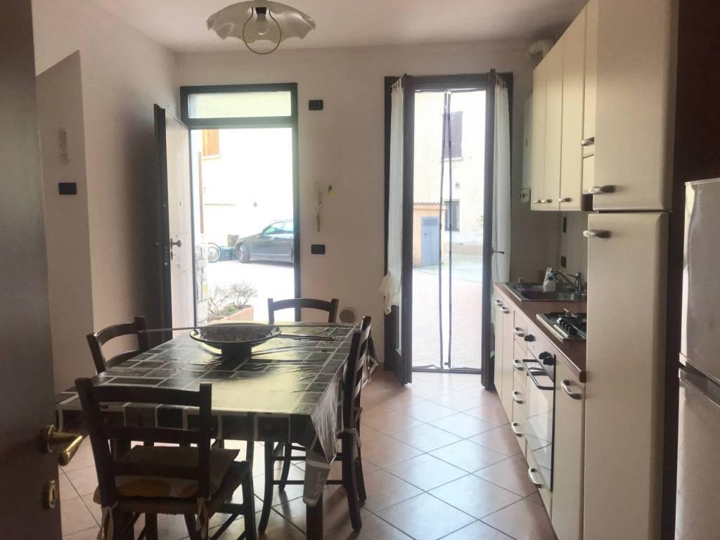 Appartamento in vendita a Castenedolo, 2 locali, prezzo € 60.000   PortaleAgenzieImmobiliari.it