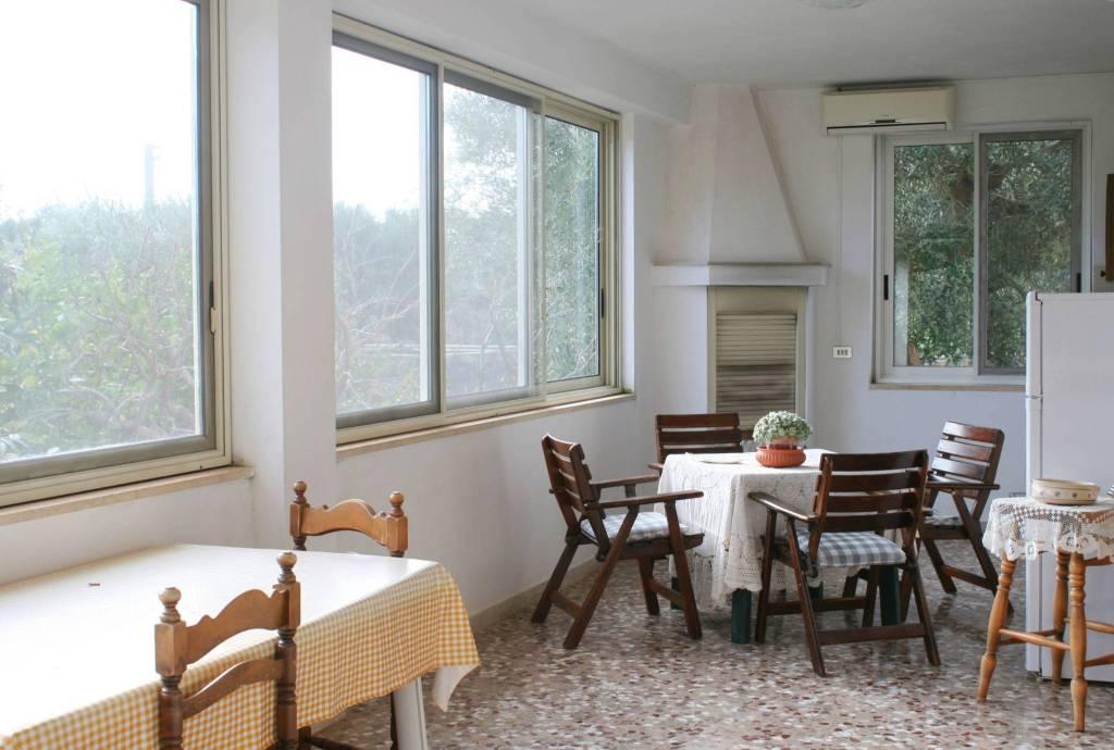 Villa in buone condizioni in vendita Rif. 8886759