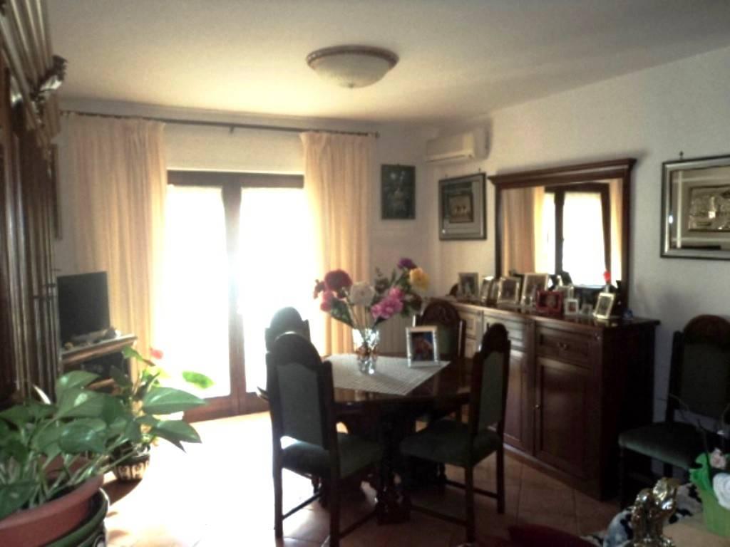 Appartamento in vendita a Bracciano, 3 locali, prezzo € 165.000 | PortaleAgenzieImmobiliari.it
