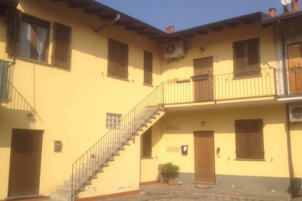 Appartamento in vendita a San Vittore Olona, 3 locali, prezzo € 95.000 | CambioCasa.it