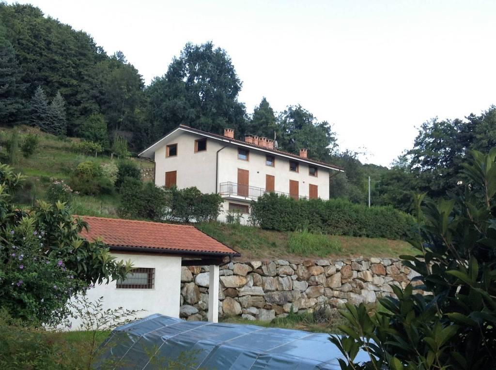 Foto 1 di Villa strada Giacotino 10, Bollengo