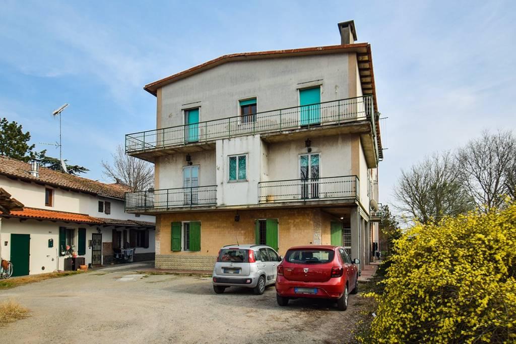 Appartamento in vendita a Granarolo dell'Emilia, 5 locali, prezzo € 123.000 | PortaleAgenzieImmobiliari.it