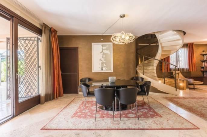 Foto 1 di Villa viale Terme, Castel San Pietro Terme
