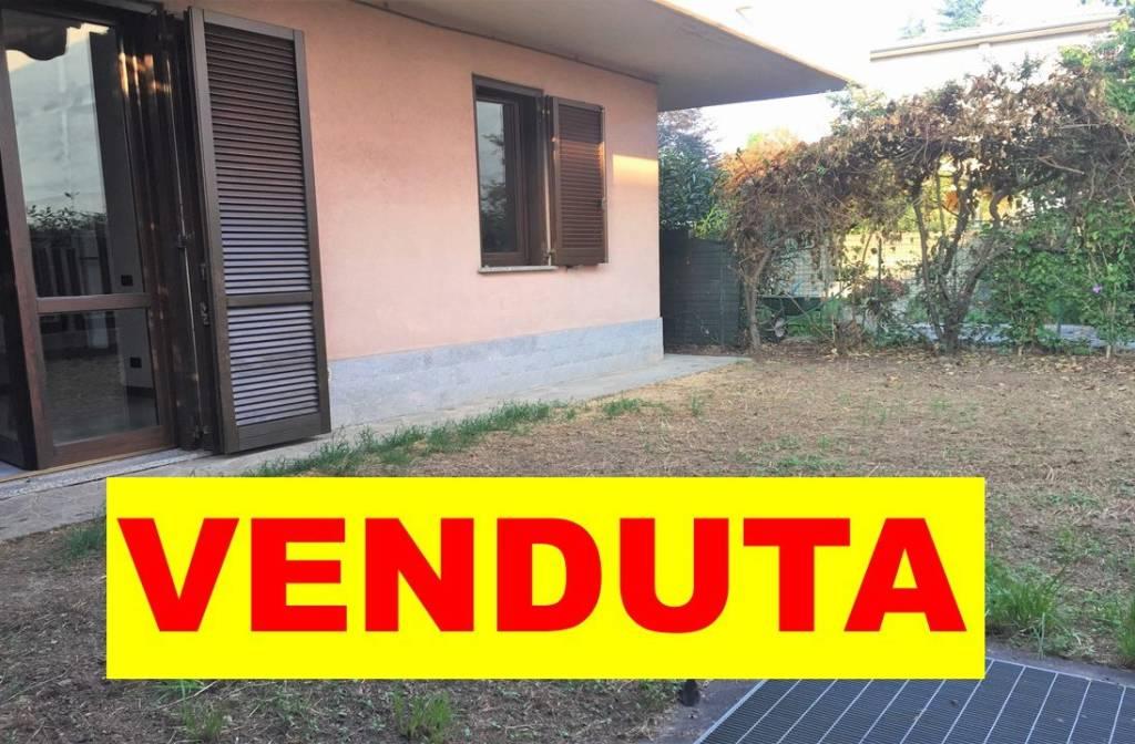 Appartamento in buone condizioni in vendita Rif. 7926062