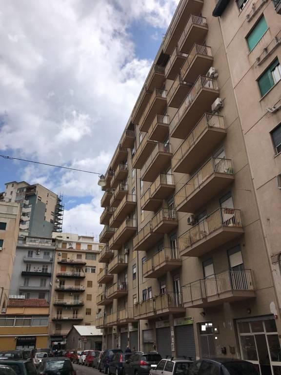 Appartamento in vendita via Luigi Manfredi Palermo
