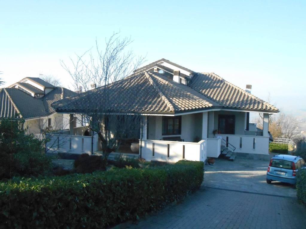 Villa in affitto a Montelupo Albese, 4 locali, prezzo € 700 | PortaleAgenzieImmobiliari.it