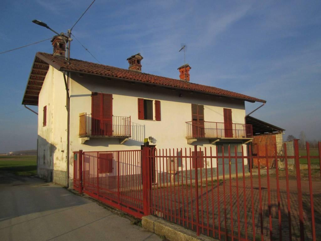 Foto 1 di Rustico / Casale via Torre Basse 16, Torre San Giorgio