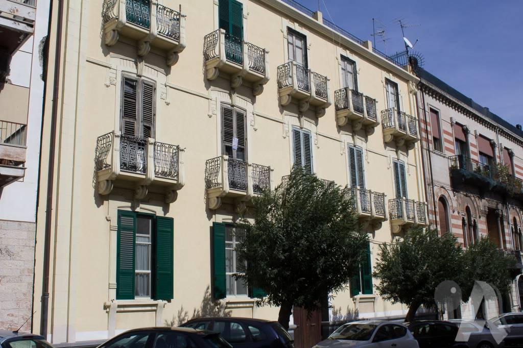 Appartamento in vendita a Messina, 6 locali, prezzo € 260.000   CambioCasa.it