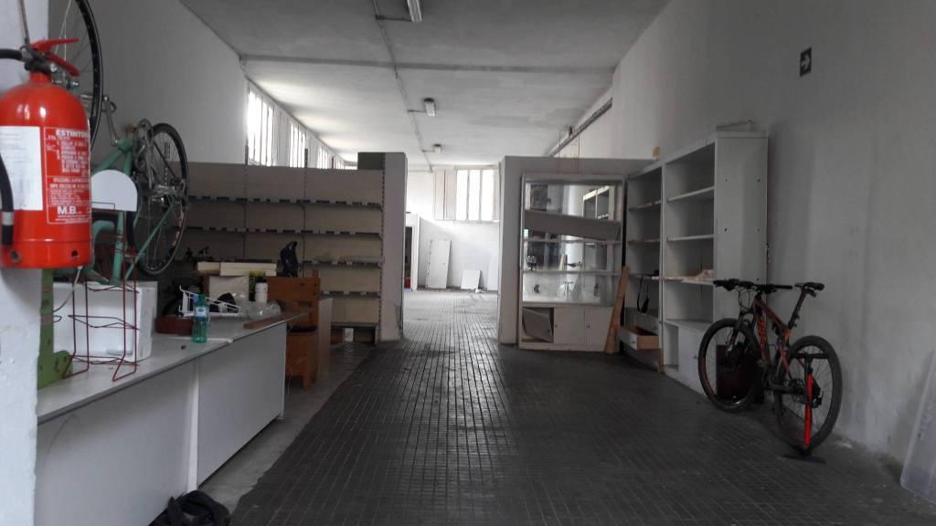 Magazzino in affitto a Firenze, 2 locali, zona Zona: 15 . Campo di Marte, Pagano, Amendola, Paolo Sarpi, Arena, prezzo € 1.500 | CambioCasa.it