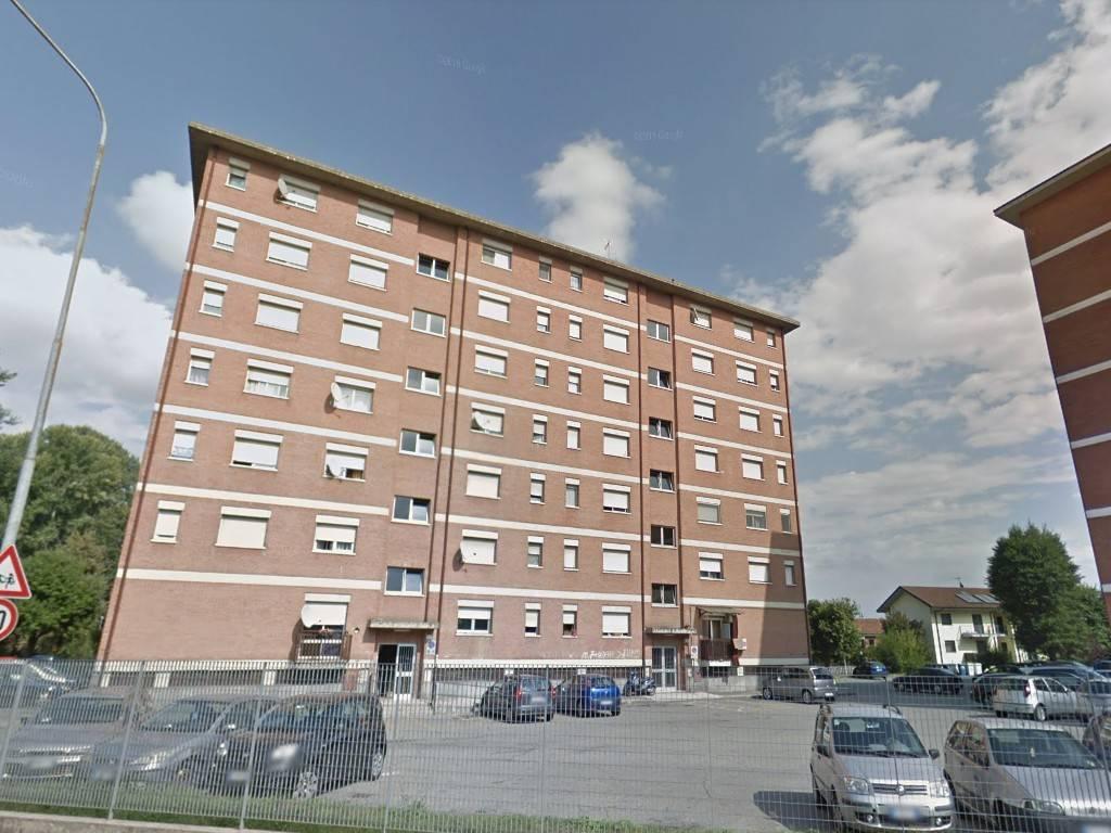 Appartamento in vendita a Moncalieri, 3 locali, prezzo € 42.000 | CambioCasa.it