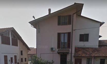 Appartamento in buone condizioni parzialmente arredato in vendita Rif. 8442823
