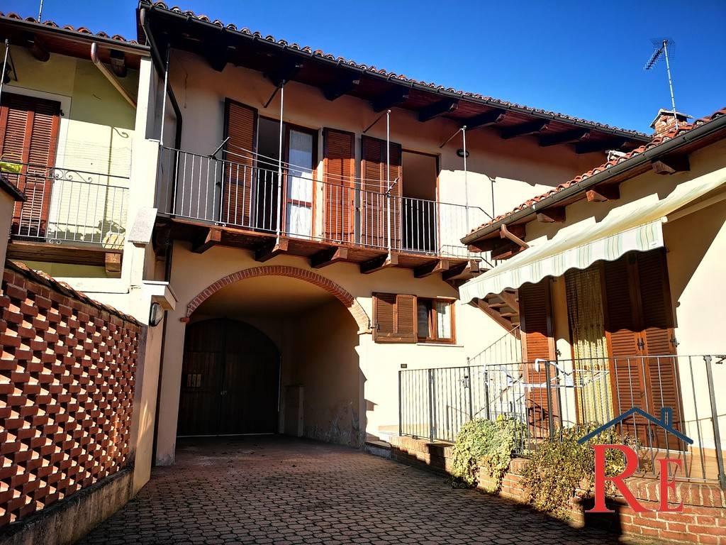 Foto 1 di Trilocale via Conti Rebuffo 39, Villafranca Piemonte