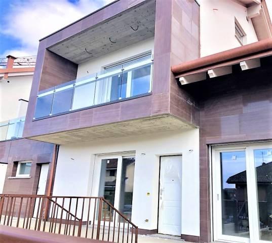 Villa a Schiera in vendita a Bernareggio, 6 locali, prezzo € 467.000 | Cambio Casa.it
