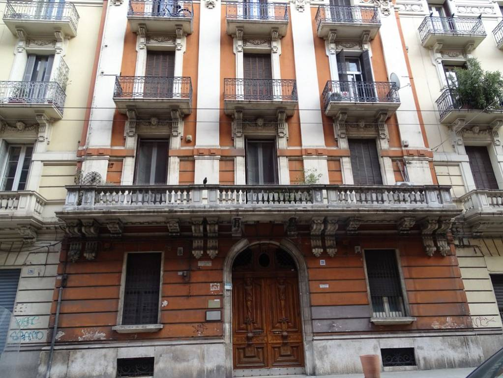 Appartamento in Vendita a Bari Centro: 1 locali, 50 mq
