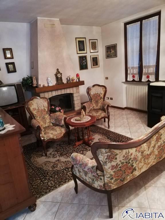 Villa in Vendita a Carpaneto Piacentino Periferia: 5 locali, 210 mq