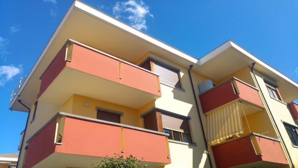 Appartamento in vendita a Caluso, 3 locali, prezzo € 49.000   CambioCasa.it