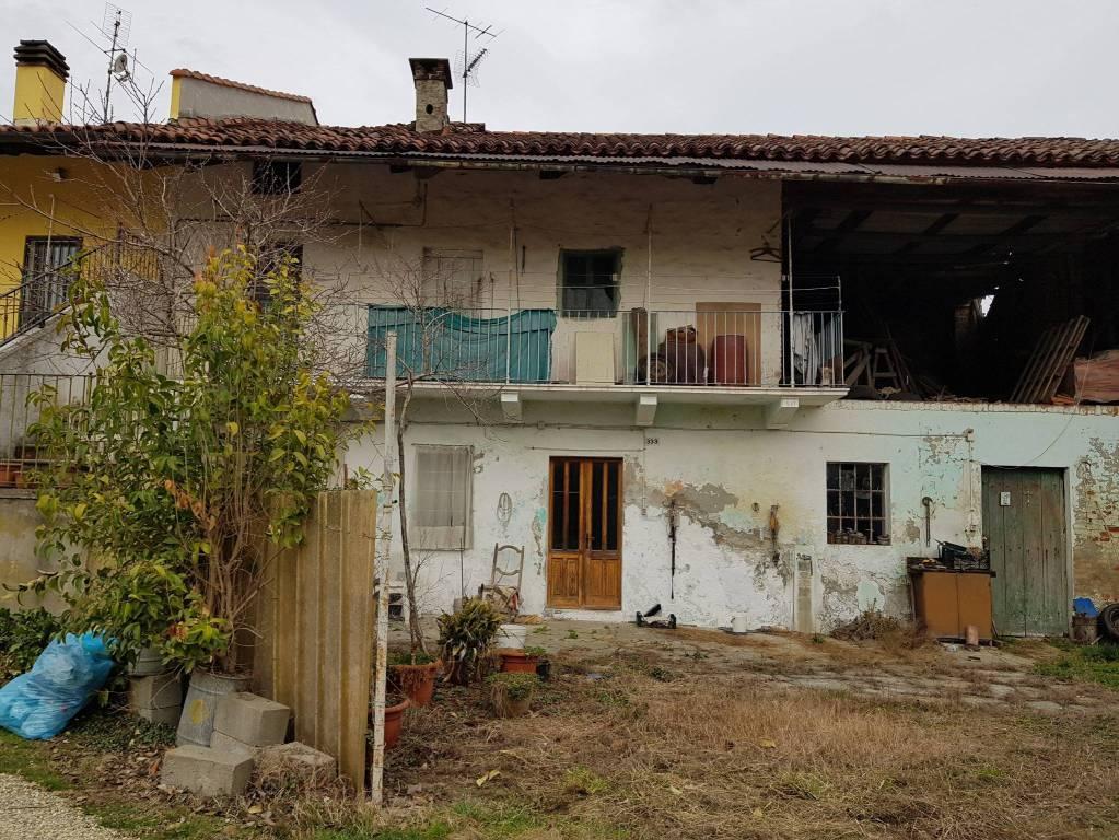 Foto 1 di Rustico / Casale via Lombardore, Leinì