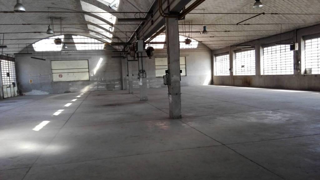 Capannone in vendita a Beinasco, 9999 locali, prezzo € 259.000 | CambioCasa.it
