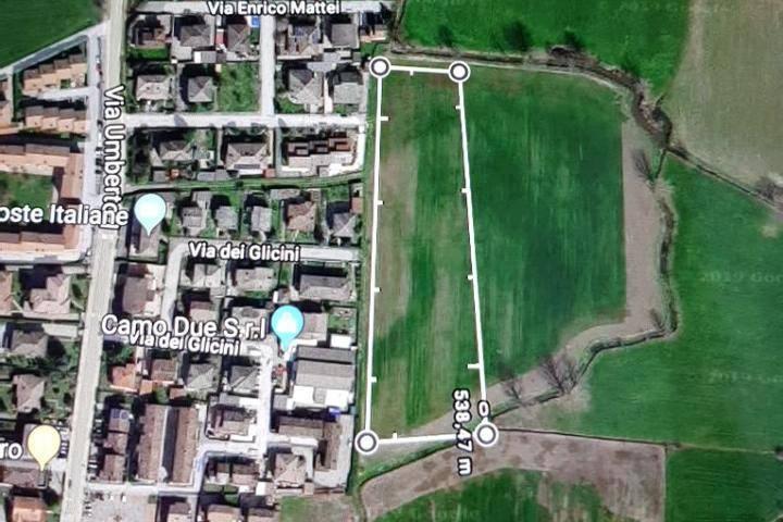 Terreno residenziale in Vendita a Dovera Centro: 12000 mq