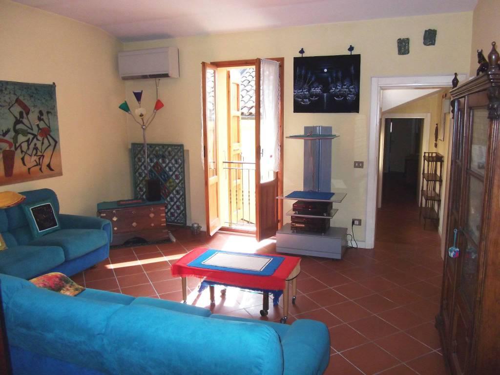 Appartamento in vendita a Castel San Pietro Terme, 3 locali, prezzo € 198.000 | CambioCasa.it