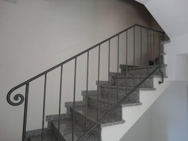 Villa a schiera 5 locali in vendita a Vaiano (PO)