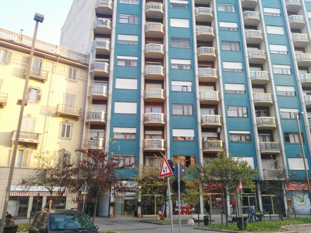 Foto 1 di Box / Garage piazza Giosuè Carducci 163, Torino (zona Valentino, Italia 61, Nizza Millefonti)