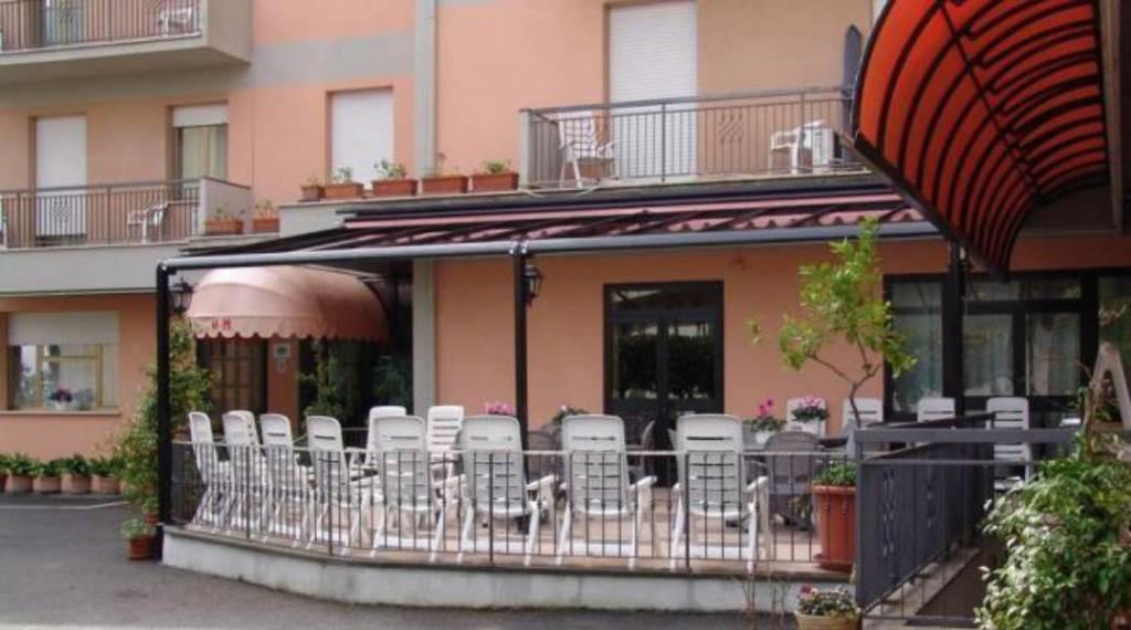 Albergo in vendita a Chianciano Terme, 6 locali, prezzo € 790.000 | CambioCasa.it