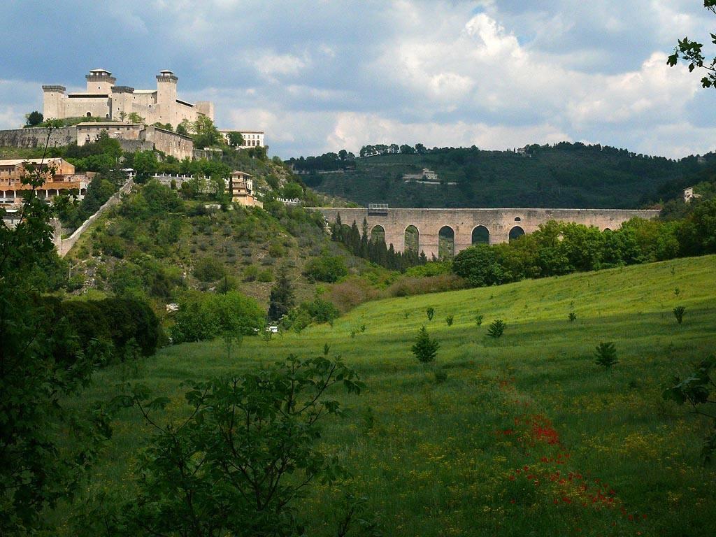Appartamento in affitto a Spoleto, 2 locali, prezzo € 300 | CambioCasa.it
