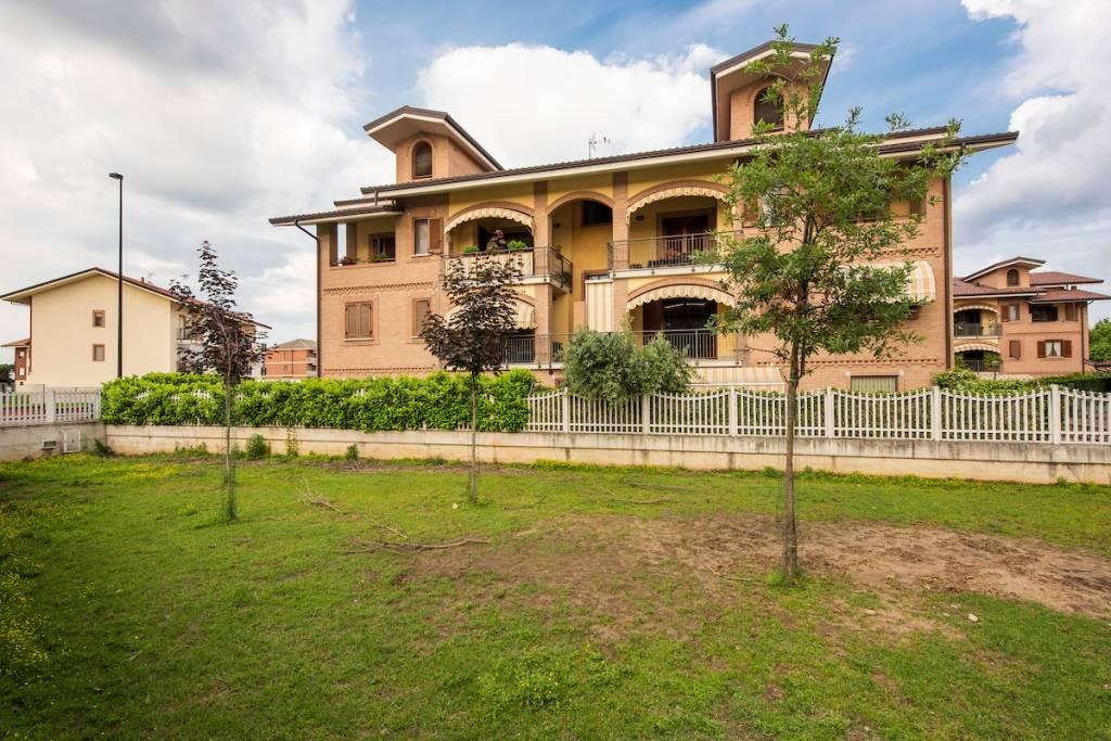 Foto 1 di Trilocale via Giuseppe Bianco, Leinì