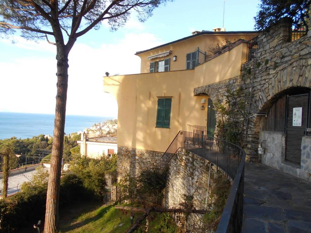 Foto 1 di Appartamento via Roma, Pieve Ligure