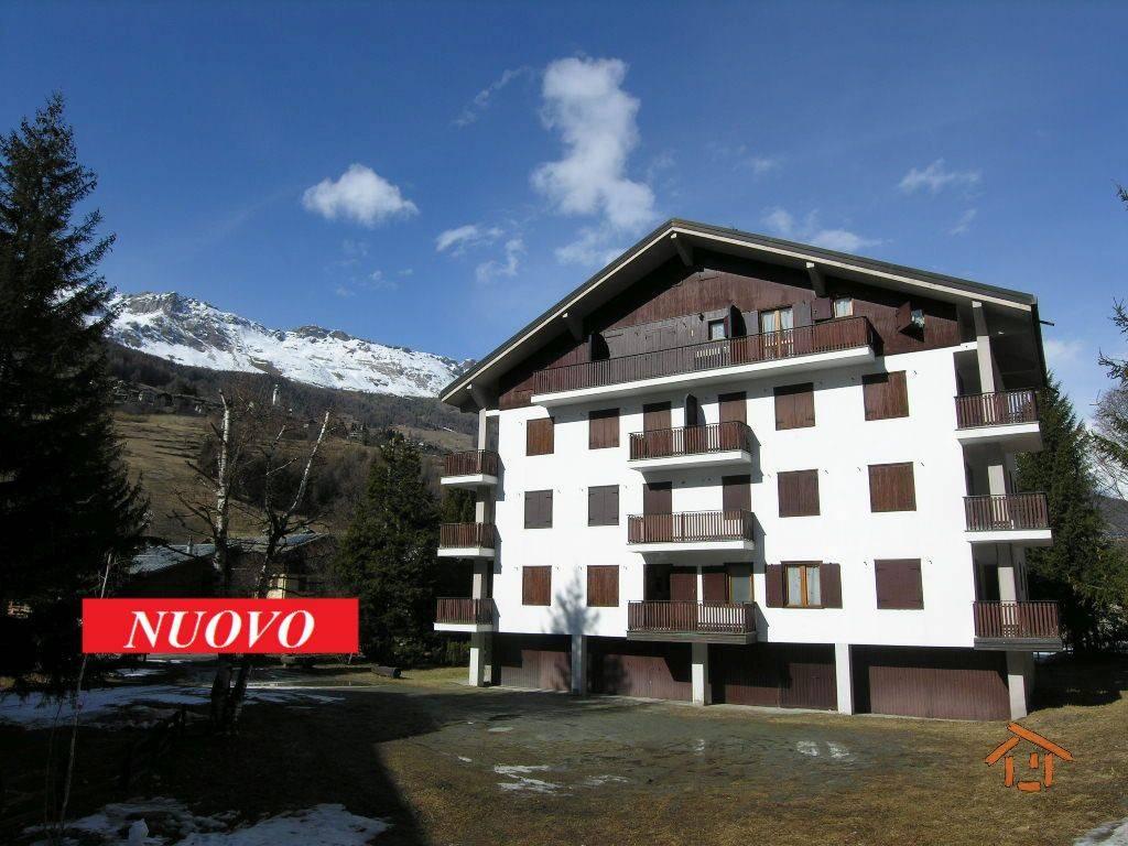 Foto 1 di Bilocale Frazione Trochey 55, frazione Periasc, Ayas