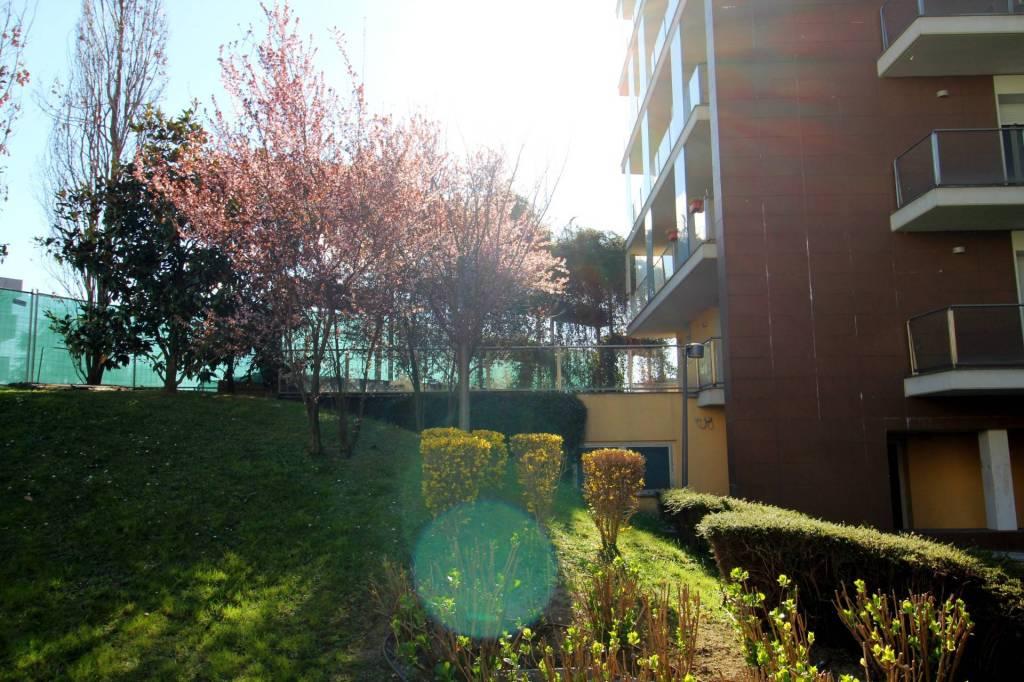 Appartamento in ottime condizioni in vendita Rif. 9305999