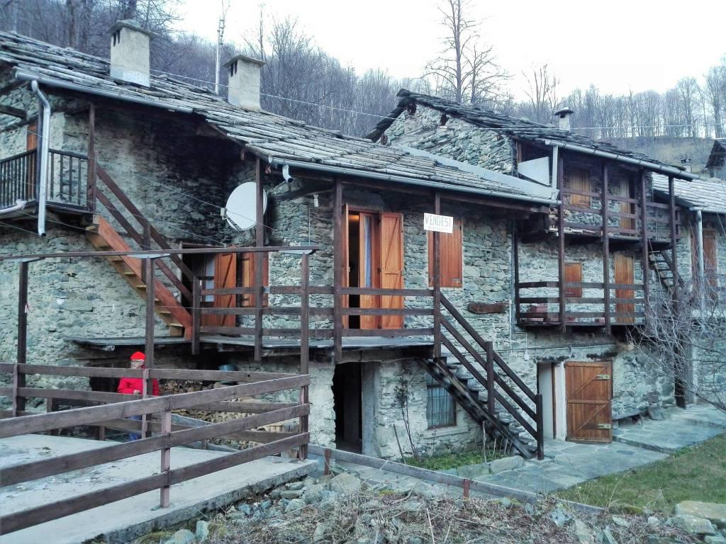 Foto 1 di Rustico / Casale Borgata Borgial, Lemie