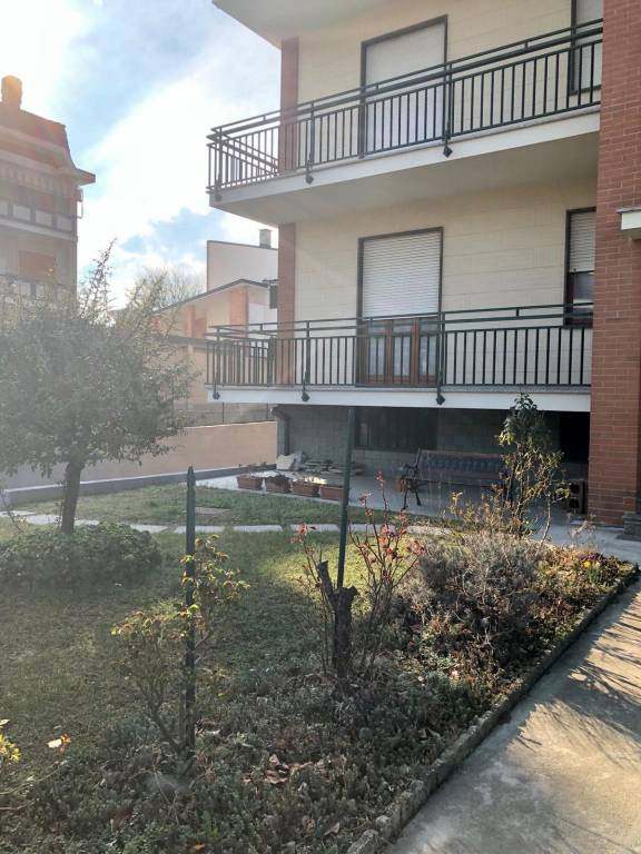 Foto 1 di Bilocale via Camogli 3, Rivoli