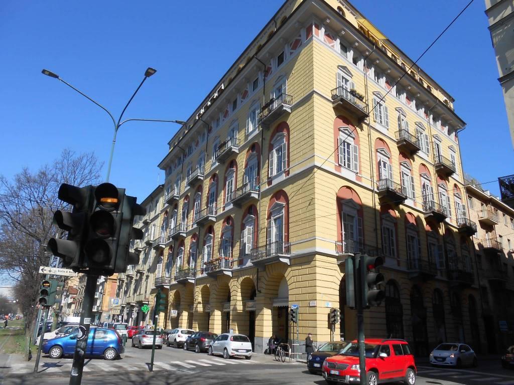 Foto 1 di Loft / Open space via Vanchiglia 9, Torino (zona Vanchiglia, Regio Parco)