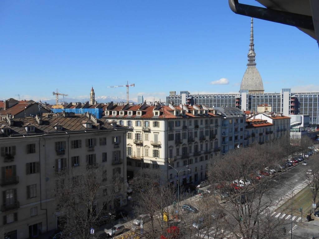 Foto 18 di Loft / Open space via Vanchiglia 9, Torino (zona Vanchiglia, Regio Parco)