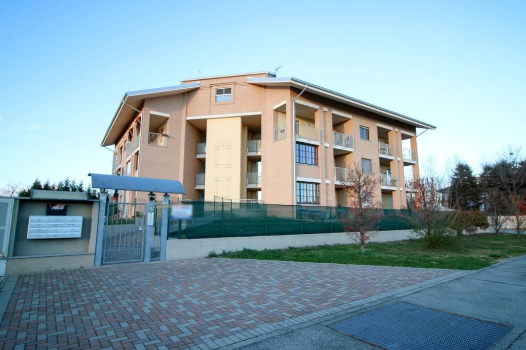 Foto 1 di Appartamento via San Rocco 35, San Benigno Canavese