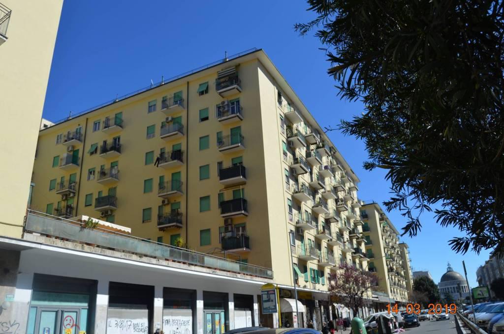 Appartamento in vendita a Roma, 3 locali, zona Zona: 12 . Cinecittà,Don Bosco, Lucrezia Romana, prezzo € 288.000 | CambioCasa.it