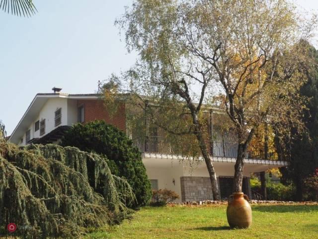 Foto 1 di Villa Brusnengo