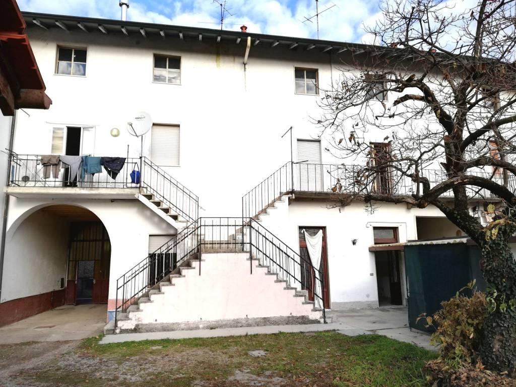 Soluzione Indipendente in vendita a Gorla Maggiore, 4 locali, prezzo € 164.000   CambioCasa.it