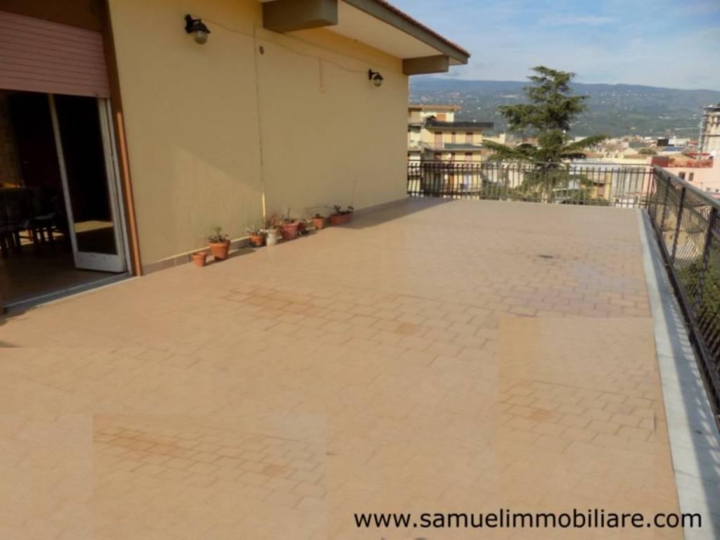 Appartamento in vendita a Riposto, 5 locali, prezzo € 165.000   PortaleAgenzieImmobiliari.it