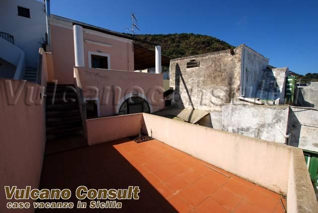 Appartamento in vendita a Santa Marina Salina, 3 locali, prezzo € 175.000 | PortaleAgenzieImmobiliari.it