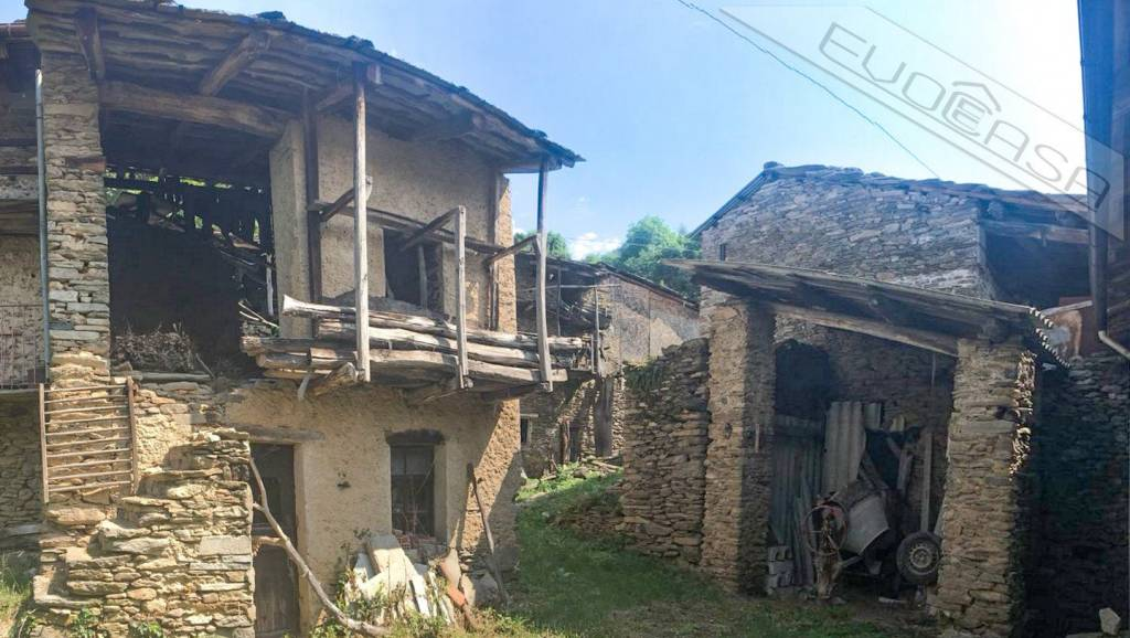 Foto 1 di Rustico / Casale Località Bessè, Villar Pellice